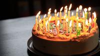 Ilustrasi ulang tahun. (Photo by Richard Burlton on Unsplash)