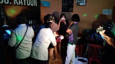 Razia Hiburan Malam di Surabaya