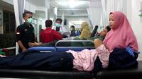 Jumlah warga yang mengeluhkan gejala keracunan pasca mengkonsumsi bubur ayam di Kecamatan Citamian, Kota Sukabumi, Jawa Barat, bertambah menjadi 33 orang. (Foto : Liputan6.com/Mulvi)
