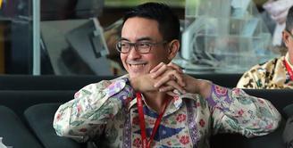 Zumi Zola, artis tampan yang kini menjabat sebagai Gubernur Jambi mendatangi gedung Komisi Pemberantasan Korupsi (KPK) di kawasan Kuningan, Jakarta Selatan, Kamis (15/2/2018). (Deki Prayoga/Bintang.com)