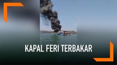 Sebuah kapal feri dari Langkawi tujuan Kuala Perlis terbakar. Api diduga berasal dari mesin kapal.
