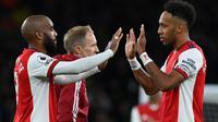 Arsenal mengalahkan Aston Villa dengan skor 3-1 dalam partai pekan kesembilan Premier League Liga Inggris 2021/2022 yang digelar di Emirates Stadium, Sabtu (23/10/2021) dini hari WIB. (AFP/Glyn Kirk)