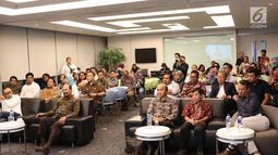 "Suasana acara ""Refleksi Kebebasan Pers dan Malam Penggalangan Dana"" di Studio SCTV, Jakarta, Rabu (1/7). Acara ini dalam rangka penggalangan donasi publik untuk LBH Pers yang tengah mengalami krisis finansial. (Liputan6.com/Immanuel Antonius)"