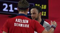 Tunggal putra Guatemala, Kevin Cordon, harus menyerah 18-21 dan 11-21 dari wakil Denmark, Viktor Axelsen pada semifinal Olimpiade 2020. (AFP/Alexander Nemenov)