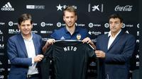 Kiper Juventus Norberto Murara Neto bergabung dengan Valencia dengan nilai transfer 7 juta euro, Jumat (7/7/2017). (twitter.com/valenciacf)