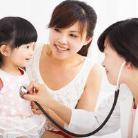 Ilustrasi anak ke dokter/copyright shutterstock