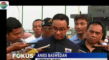 Menurut Anies, berdasarkan pemantauan pihaknya sumber polusi tertinggi di Jakarta dari kendaraan berat yang melintas di ruas jalan tol.