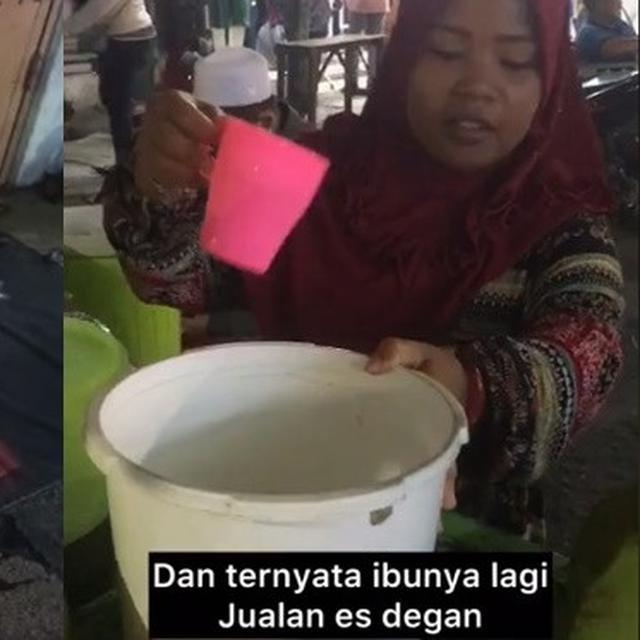 Viral Bayi Tidur Sendirian di Trotoar, Kisah di Baliknya Bikin Haru - Hot  Liputan6.com