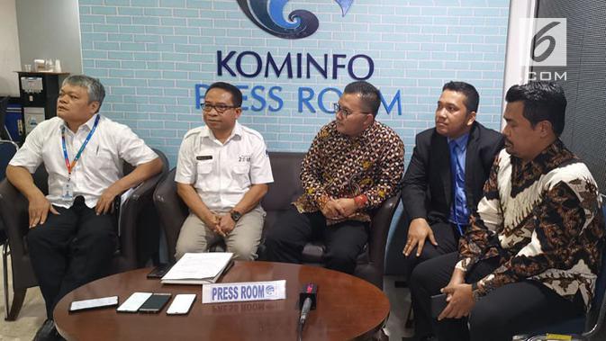 Tim Kemkominfo bersama dengan tim kuasa hukum Kimi Hime. (Liputan6.com/ Andina Librianty)