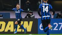 Lautaro Martinez menambah sebiji gol untuk Inter Milan saat kalahkan Lazio (AFP)