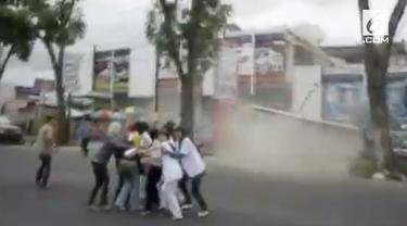 Tercatat ada 55 kali gempa besar yang terjadi di dunia. 5 diantaranya ternyata terjadi di beberapa titik di Indonesia.