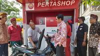 PT Pertamina Persero meluncurkan Pertamina Shop atau Pertashop di Desa Mengwi, Kecamatan Mengwi, Kabupaten Badung, Bali, Kamis (27/2/2020).