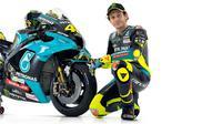 Valentino Rossi dengan tim barunya, Petronas Yamaha Sepang Racing Team (SRT)