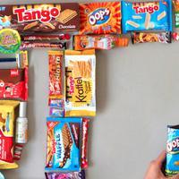 Yayasan Orang Tua Grup Peduli (YOGTP) menyalurkan produk makanan dan minuman serta hand sanitizer untuk bantu percepatan penanganan Covid-19