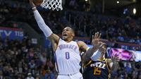 Aksi Russell Westbrook saat Thunder melawan Jazz (AP)