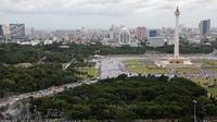 Suasana kawasan Monumen Nasional (Monas) yang dipadati massa demo 2 Desember, Jakarta Pusat, Jumat (2/12). Demo 2 Desember digelar sebagai lanjutan dari aksi 4 November 2016. (Liputan6.com/Ferbian Pradolo)