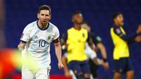 Lionel Messi merayakan gol yang dicetaknya ke gawang Ekuador dalam Kualifikasi Piala Dunia 2022 Zona CONMEBOL, Jumat (9/10/2020) pagi WIB. (Raul Martinez/Pool via AP)