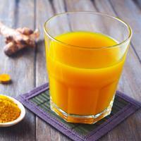 Rutin Minum Kunyit, Cara Mudah Lancarkan Haid (PageSeven/Shutterstock)