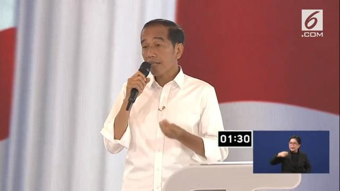 Calon Presiden nomor urut 01 Jokowi dalam debat keempat Pilpres 2019. (Liputan6.com)