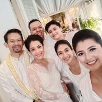 Happy Salma bersama Lulu Tobing dan suami (Instagram/happysalma)