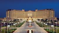 The Ritz-Carlton Riyadh, hotel yang dijadikan tempat menahan para pangeran dan elite politik Arab Saudi yang diringkus oleh komite anti korupsi Saudi yang dipimpin Putra Mahkota Pangeran Mohammed Bin Salman (sumber: The Ritz-Carlton)