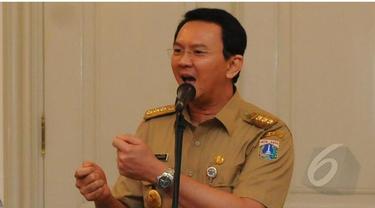 Gubernur DKI Jakarta Basuki Tjahaja Purnama atau Ahok mengungkapkan, terlambatnya proses pembebasan lahan tidak bisa dianggap remeh. Dampaknya bisa mengulur waktu pengerjaan yang berujung tidak bisa menanggulangi banjir dengan cepat. Untuk menghindari hal
