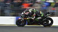 Johann Zarco gagal finis setelah menabrak bagian belakang motor Marc Marquez di MotoGP Australia (PAUL CROCK / AFP)