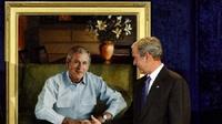 Presiden AS ke-43 George W. Bush (buzzfeed)