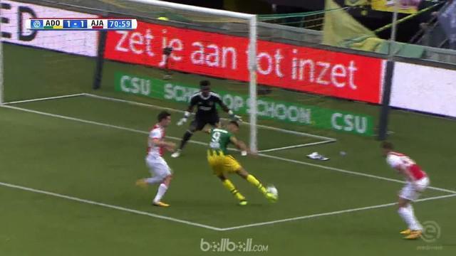 Berita video highlights Eredivisie 2017-2018 antara Den Haag melawan Ajax dengan skor 1-1. This video presented by BallBall.