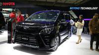 Toyota Voxy resmi meluncur di GIIAS 2017. (Herdi Muhardi)