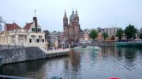 Lanskap kota Amsterdam yang dipenuhi bangunan-bangunan tua bersejarah (Liputan6/Elin Yunita)