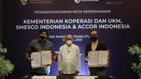 Penandatanganan kerja sama penyerapan produk UMKM antara Smesco Indonesia dan Accor Group Hotel Indonesia, Sabtu, 3 April 2021. (dok. Accor Group)