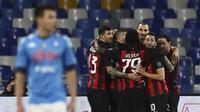 Sumbangan dua gol dari Zlatan Ibrahimovic membuat AC Milan meraih kemenangan 3-1 atas Napoli pada laga pekan kedelapan Serie A, di Stadio San Paolo, Senin (23/11/2020) dini hari WIB. (Alessandro Garofalo/LaPresse via AP)