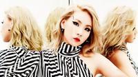 Waktu telah berlalu, 2NE1 yang telah bubar ternyata masih ada di hati CL (Pinterest)