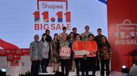 Mendag Enggar Pesan Ibu Rumah Tangga Beli Produk Lokal di e-Commerce   Menteri Perdagangan (Mendag) Enggartiasto Lukita dalam acara Shopee 11.11 Big Sale di Jakarta, Senin (14/10/2019).