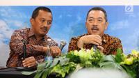 Direktur Utama PT Perusahaan Gas Negara (PGN) Jobi Triananda Hasjim (kanan) memberi sambutan dalam Rapat Umum Pemegang Saham Luar Biasa di Jakarta, Kamis (25/1). Pemerintah mengalihkan saham Seri B di PGN ke PT Pertamina. (Liputan6.com/Angga Yuniar)