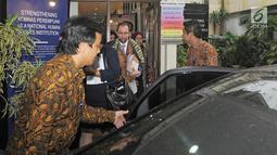Komisaris HAM PBB, Zeid Ra'ad Al Hussein usai melakukan dengan Komnas HAM dan Komnas Perempuan di Jakarta, Senin (5/2). Zeid Ra'ad Al Hussein diundang pemerintahan Indonesia untuk membahas masalah HAM di Indonesia. (Liputan6.com/Herman Zakharia)