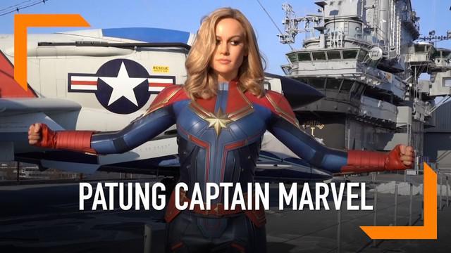 Patung lilin Captain Marvel dipamerkan di Madame Tussauds New York. Patung terlihat mirip dengan pemeran di film terbaru, Brie Larson.