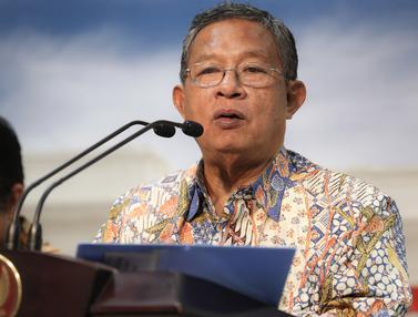20150916-Jokowi Minta Para Menteri Cari Terobosan Untuk Permudah Investasi-Jakarta