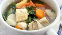 Ikan gurame pun dapat diolah menjadi sup nan menghangatkan tubuh