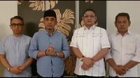 Anwar Hafid dan Pasha Ungu didampingi relawan dan pendukungnya saat mengumumkan batal ikut Pilkada Sulteng tahun 2020, Jumat (4/9/2020). (Foto: Screenshot video relawan Anwar-Pasha).