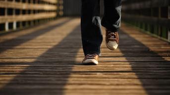 Studi: Berjalan 7.000 Langkah Sehari Bikin Hidup Lebih Lama dan Sehat