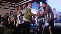 BPJS Ketenegakerjaan memberikan bantuan alat usaha dan alat bantu disabilitas untuk 535 penyandang disabilitas yang berasal dari seluruh Indonesia.