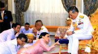 Raja Vajiralongkorn dan Ratu Suthida (Sumber: INSIDER)