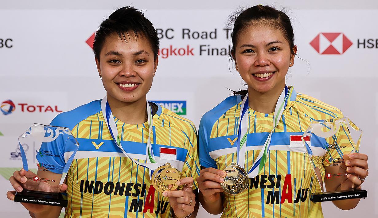 Pemain bulu tangkis ganda putri Indonesia berusia 33 tahun, Greysia Polii akan mencetak hattrick di Olimpiade Tokyo 2020. Tampil untuk ketiga kalinya setelah 2012 dan 2016 ia kembali tampil dengan partner berbeda seperti dua Olimpiade sebelumnya. (Foto: AFP/Badminton Association of Thailand)