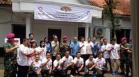 Tentara Nasional Indonesia (TNI) melalui Pasukan Marinir menyediakan tempat latihan untuk pelatnas angkat besi di Markas Komando Pasukan Marinir (Mako Pasmar) II demi meraih kesuksesan di Asian Games 2018 dan Olimpiade Tokyo 2020. (dok. PB PABBSI)