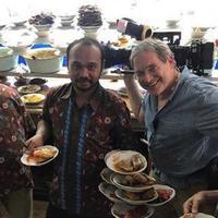 Kenangan Anthony Bourdain di Indonesia. (Instagram/anthonybourdain)