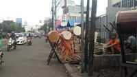 Para pedagang bedug ramai menjajakan dagangannya di kawasan Tanah Abang, Jakarta Pusat. (Liputan6.com/Muslim AR)