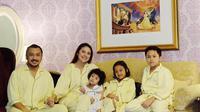 Giring Nidji ajak istri dan anak-anaknya liburan ke Jepang [foto: instagram.com/giring]
