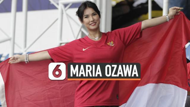Tribune penonton di Stadion Rizal Memorial, Filipina, Selasa (26/11/2019), mendadak riuh saat Timnas Indonesia U-22 menghadapi Thailand dalam laga Grup B sepak bola SEA Games 2019. Ternyata hadir mantan pemeran film dewasa asal Jepang, Maria Ozawa.